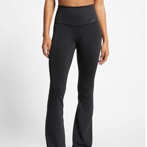 Nike power dri fit yoga pants